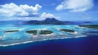 2K Tropical Island Beach Wallpaper