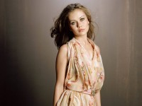 Alexis Dziena Latest Hot Wallpapers