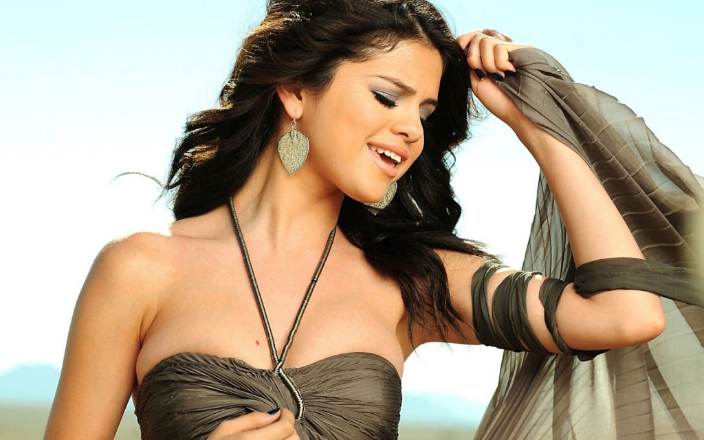 selena gomez ipad wallpaper - photo #48
