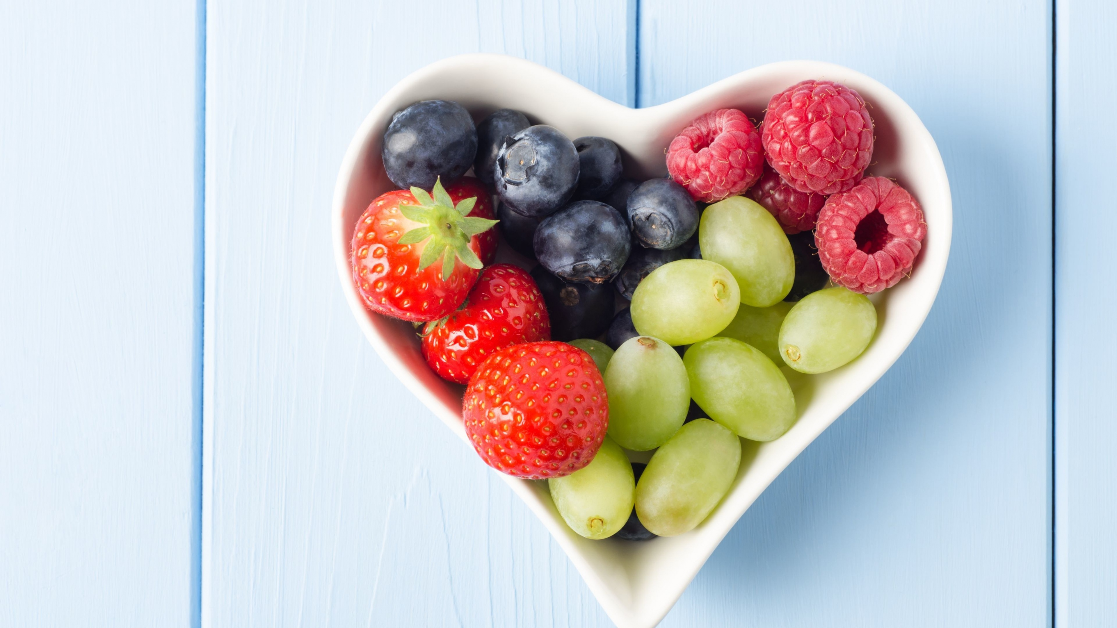 Mixed Berries & Fruit