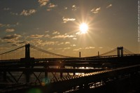 Brooklyn & Manhattan bridges – Sunup over Manhattan Bridge and the