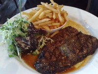 Rump Steak with Frites and Salad HD Wallpaper