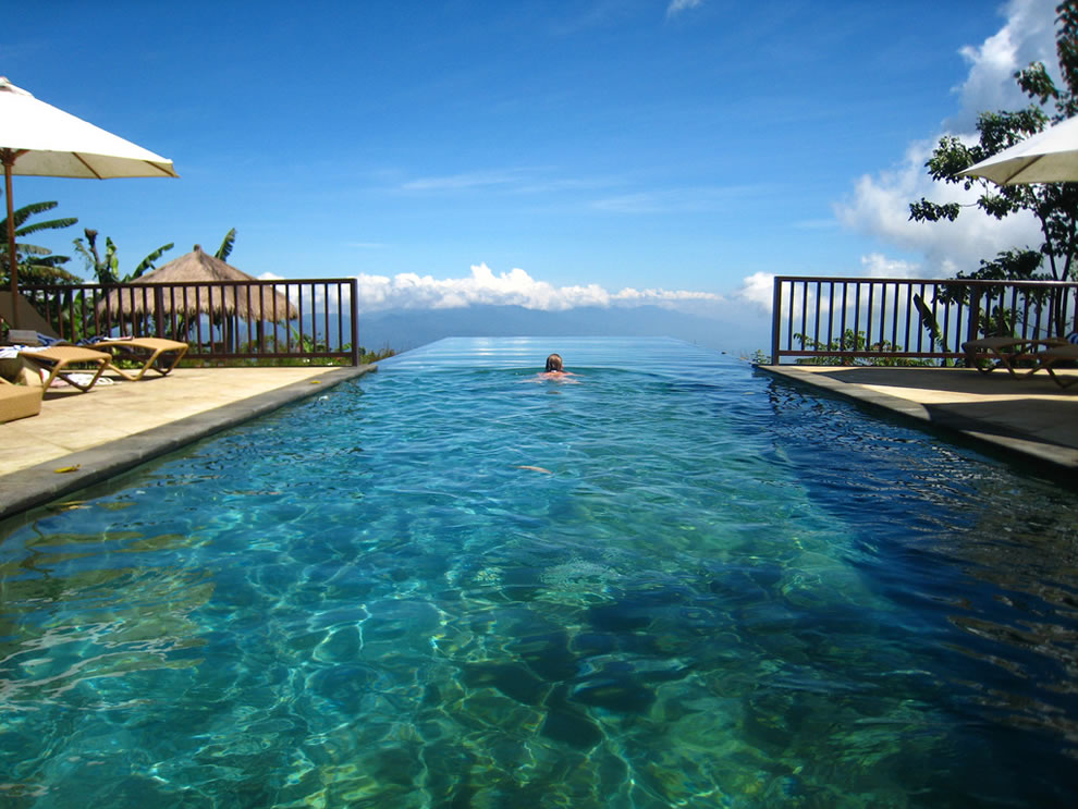 Infinity Pool, Bali dreams Wallpaper